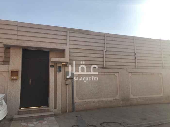 فيلا للإيجار في شارع الفضل بن العباس ، حي الربوة ، الرياض