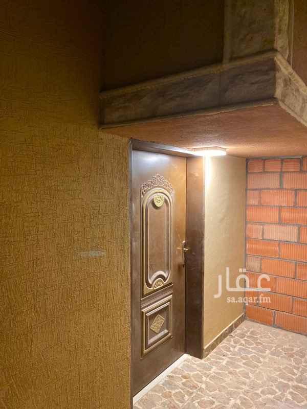 دور للإيجار في طريق ابي بكر الصديق ، الرياض