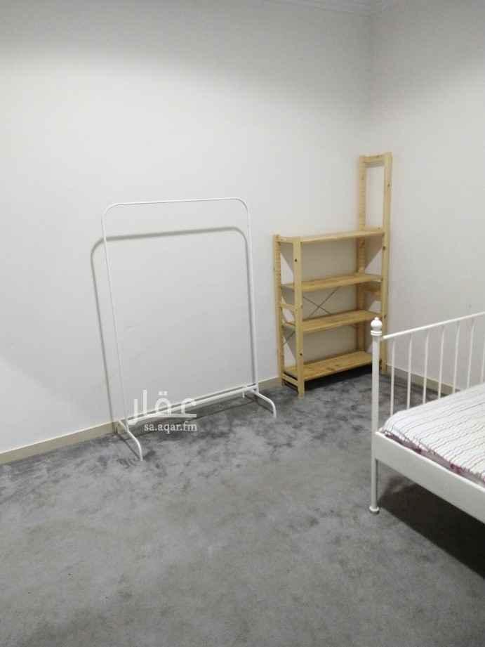 غرفة للإيجار في طريق الأمير فيصل بن بندر بن عبدالعزيز ، حي النرجس ، الرياض ، الرياض