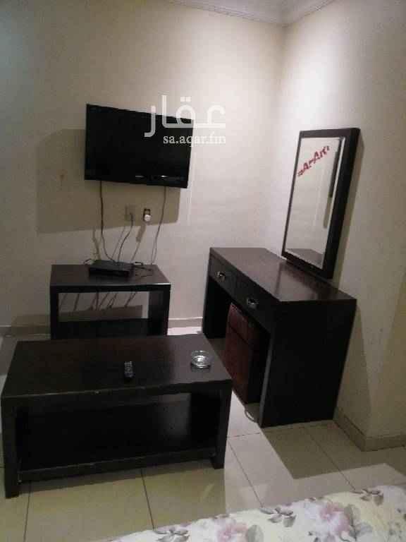 شقة للإيجار في طريق الأمير نايف بن عبدالعزيز ، حي الروضة ، الدمام