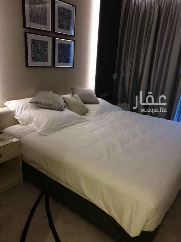 شقة للبيع في طريق الملك فهد الفرعي ، حي العليا ، الرياض
