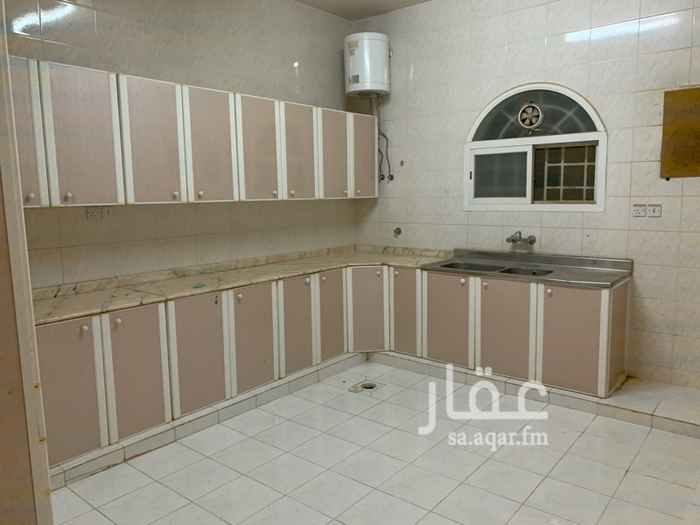 دور للإيجار في شارع ابي المعالي التميمي ، حي السويدي الغربي ، الرياض