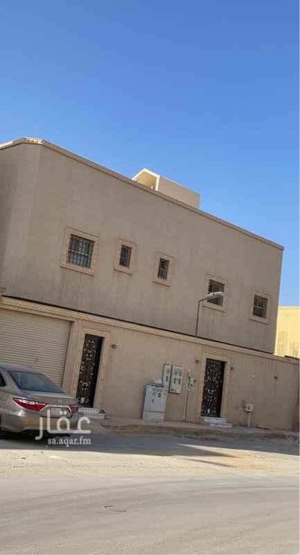 فيلا للبيع في شارع مدركة ، حي ظهرة لبن ، الرياض