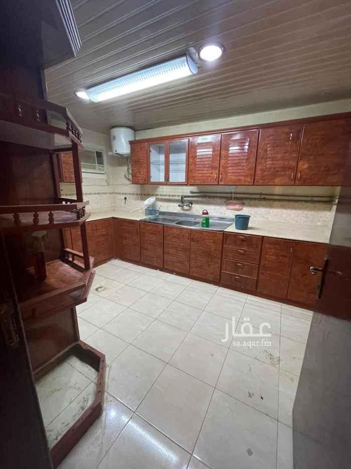 شقة للإيجار في حي ، شارع عبدالله الوعيل ، حي السويدي الغربي ، الرياض