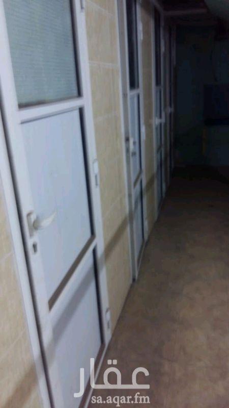 غرفة للإيجار في شارع احمد زكى ، حي الروضة ، جدة