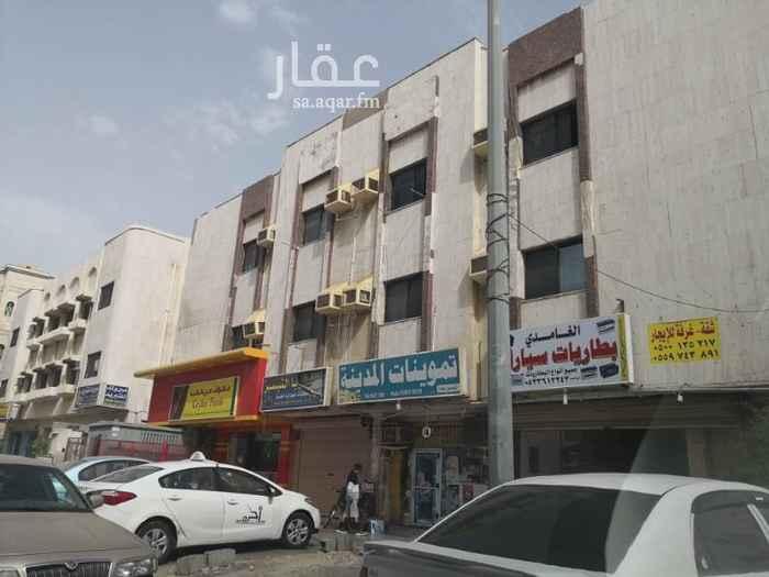 دور للإيجار في شارع مواكب النصر ، حي السلامة ، جدة