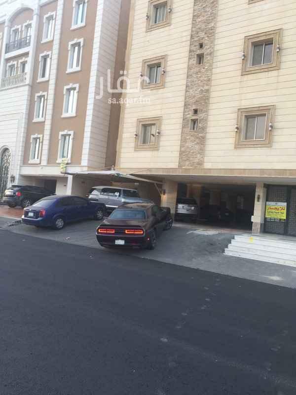 شقة للإيجار في شارع محمد بن علي بن ابي طالب ، حي المروة ، جدة