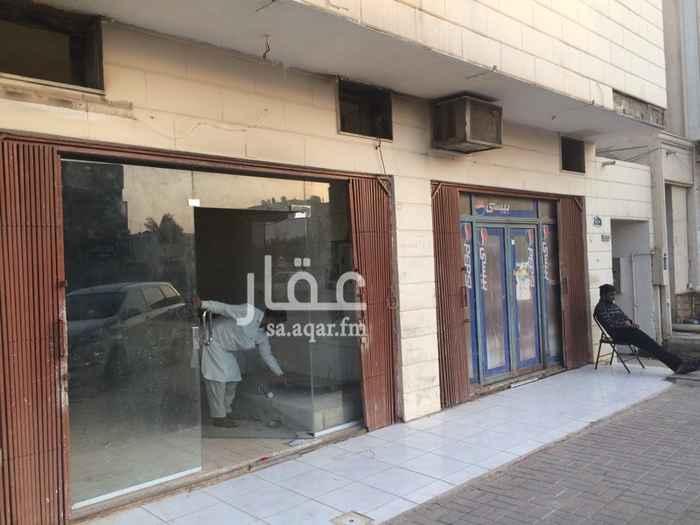 محل للإيجار في شارع محمد بن احمد السديري ، حي النهضة ، الرياض
