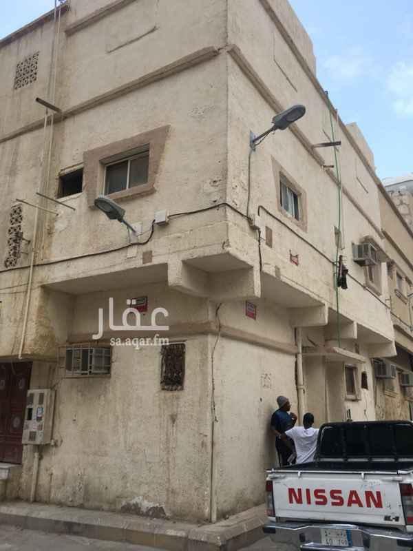 عمارة للبيع في شارع الحنكة ، حي منفوحة الجديدة ، الرياض