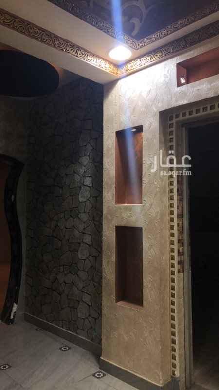 دور للإيجار في شارع الامام ابي حنيفة ، حي العريجاء الوسطى ، الرياض ، الرياض