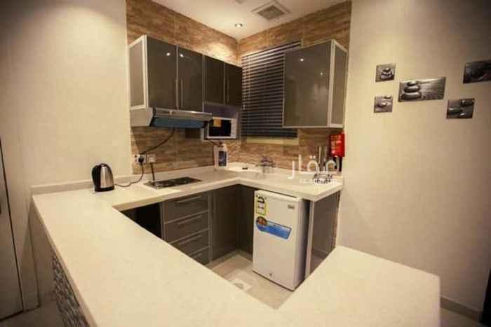 شقة للإيجار في شارع ابي مصعب المدني ، حي الورود ، الرياض ، الرياض