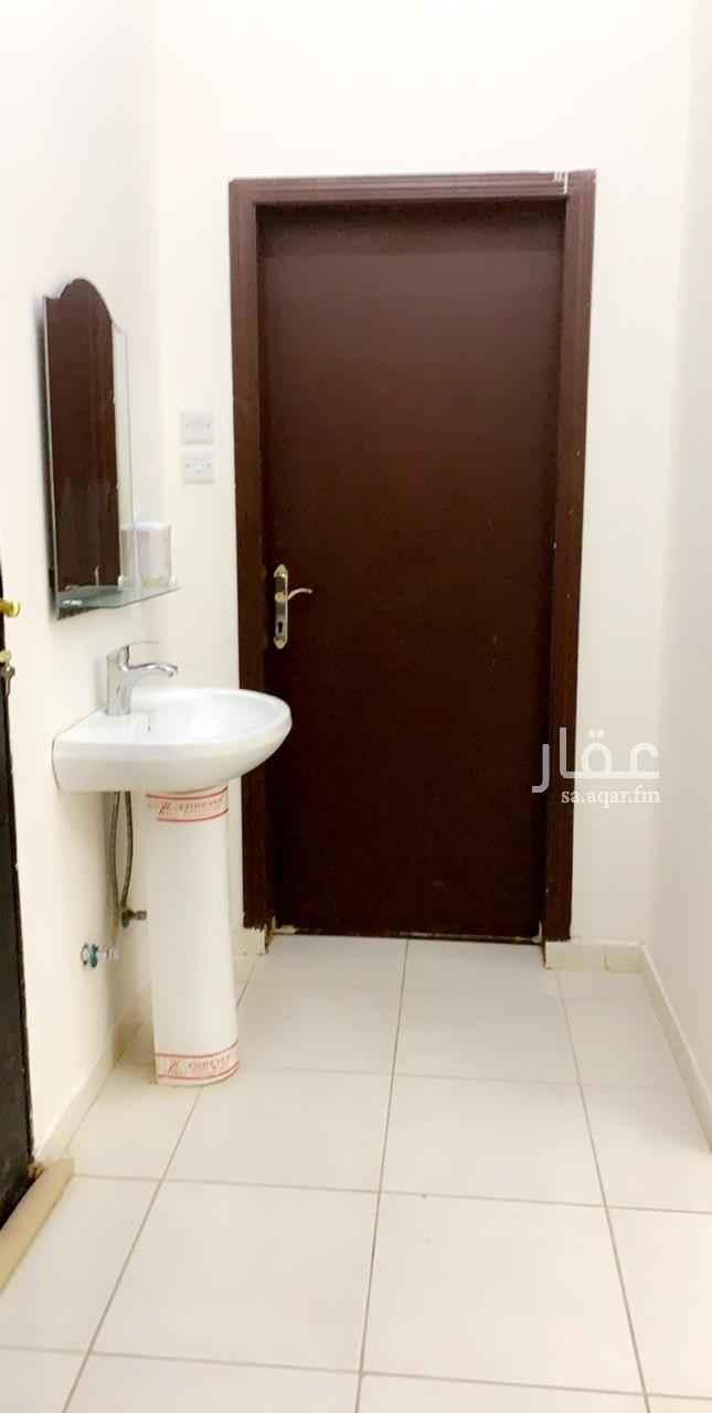 شقة للإيجار في شارع عبدالله المويس ، الرياض