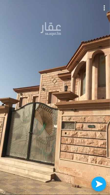 فيلا للبيع في شارع طارق بن زياد ، حي الريان ، الخفجي