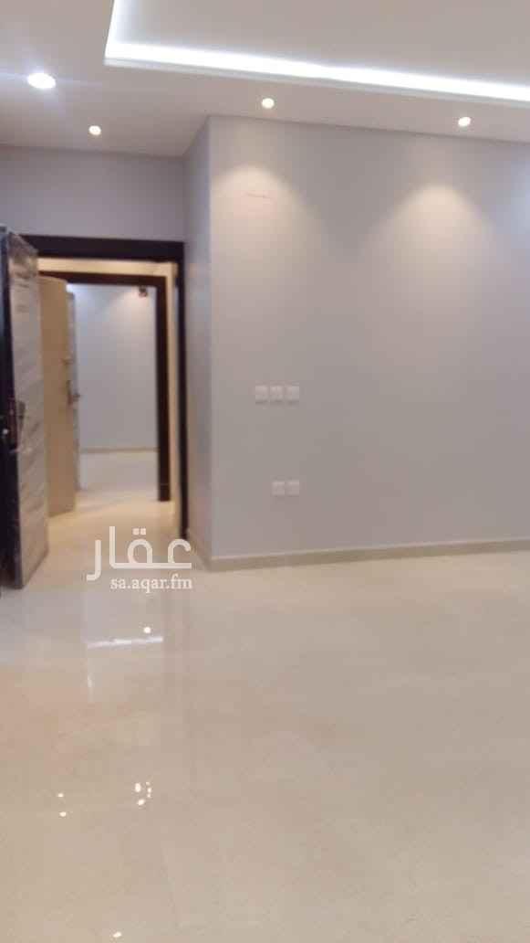 شقة للإيجار في حي القيروان ، الرياض