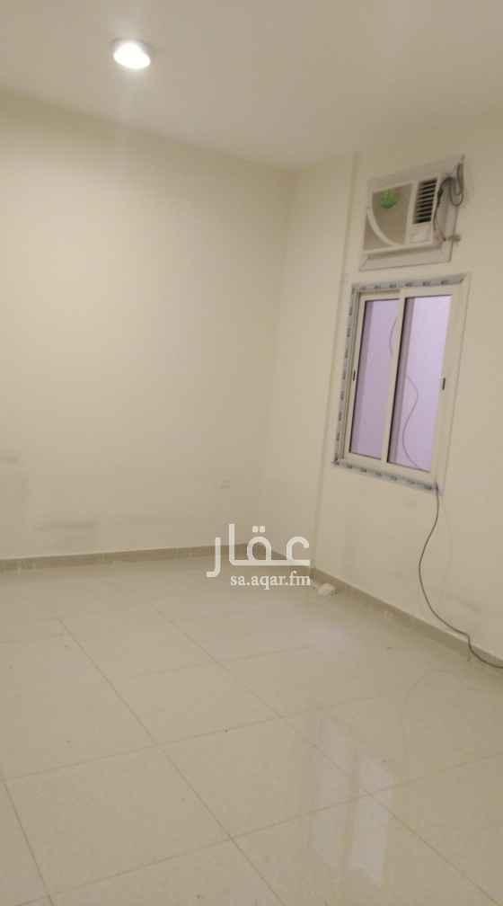 شقة للإيجار في شارع ابي السعادات القزاز ، حي اليمامة ، الرياض