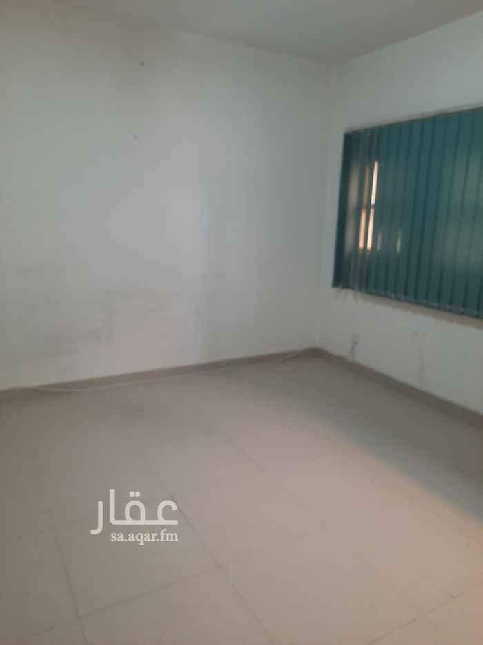 مكتب تجاري للإيجار في طريق الملك فهد الفرعي ، حي العقيق ، الرياض ، الرياض
