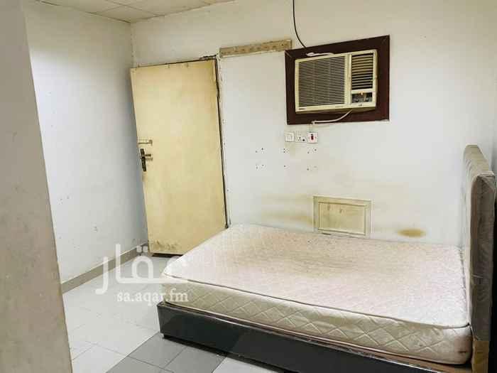 غرفة للإيجار في شارع القاسم بن عساكر ، حي العليا ، الرياض ، الرياض