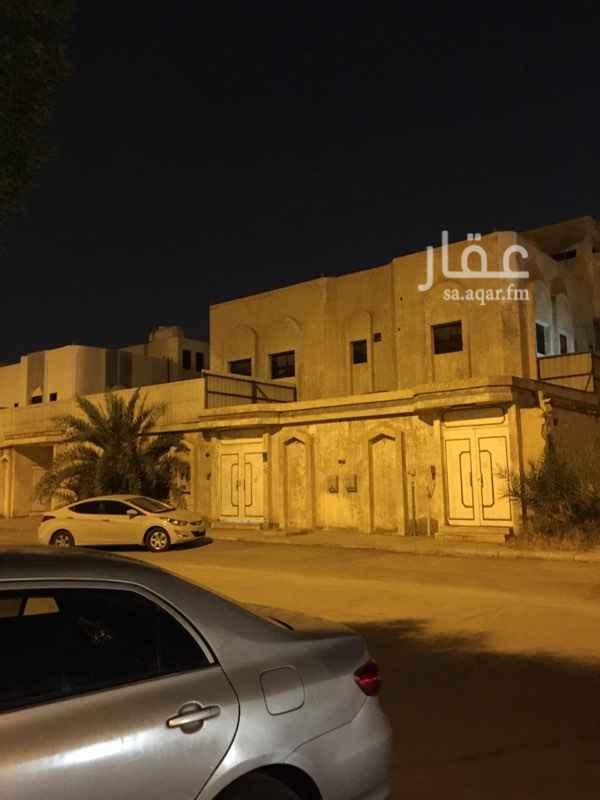 فيلا للبيع في شارع ابن معروف ، حي المنصورة ، الرياض