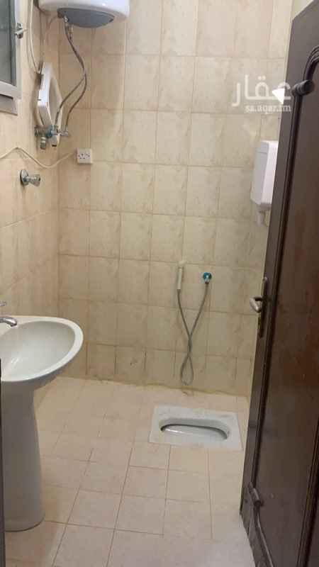 شقة للإيجار في شارع عبدالله بن عباس ، حي الروابي ، الرياض ، الرياض