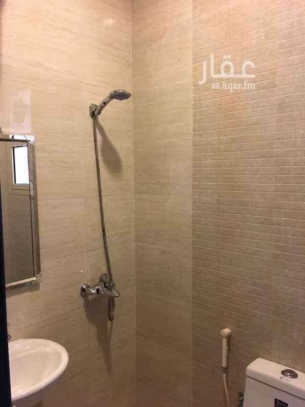 شقة للإيجار في شارع بعلبك ، حي عكاظ ، الرياض