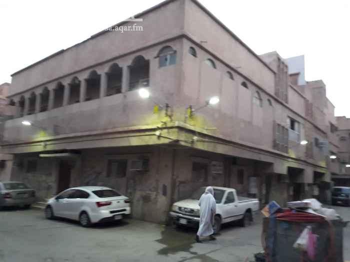 عمارة للبيع في شارع غالبه ، حي منفوحة ، الرياض ، الرياض