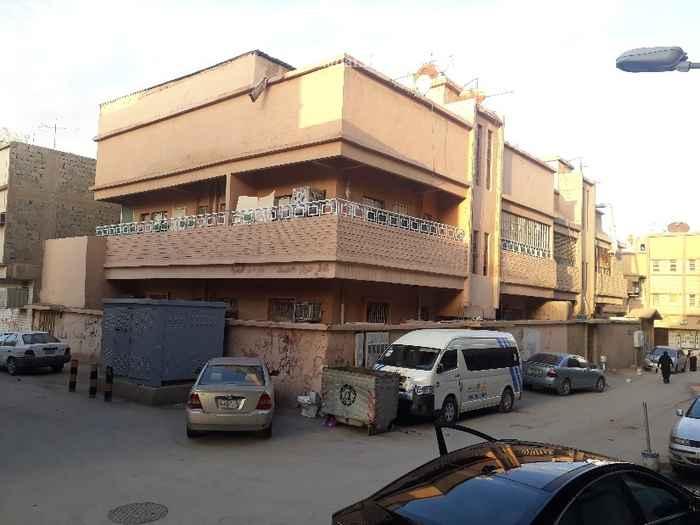 عمارة للبيع في شارع العاقول ، حي منفوحة ، الرياض ، الرياض