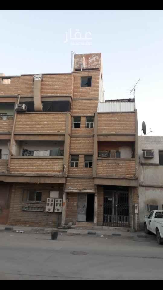 عمارة للبيع في شارع لقمان ، حي منفوحة ، الرياض ، الرياض