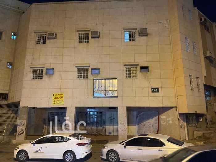 شقة للإيجار في شارع الفرزدق ، حي المرقب ، الرياض ، الرياض