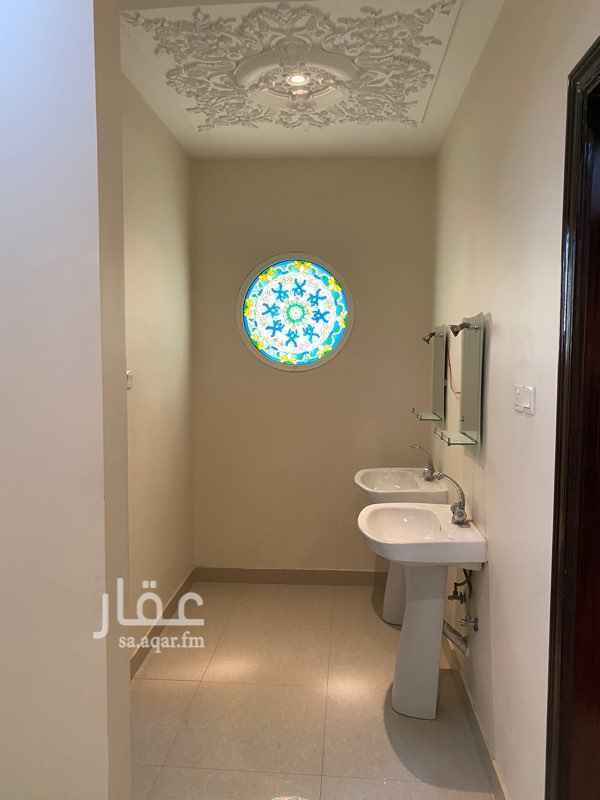 دور للإيجار في شارع علي بن النقيب ، حي الحزم ، الرياض ، الرياض