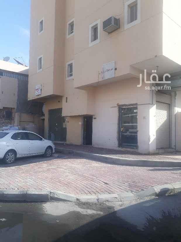 محل للإيجار في شارع الامام عبدالعزيز بن محمد ، حي الرقيقة ، الهفوف والمبرز ، الأحساء