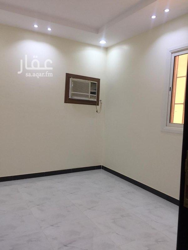 فيلا للإيجار في شارع عبدالله المويس ، حي الرمال ، الرياض ، الرياض
