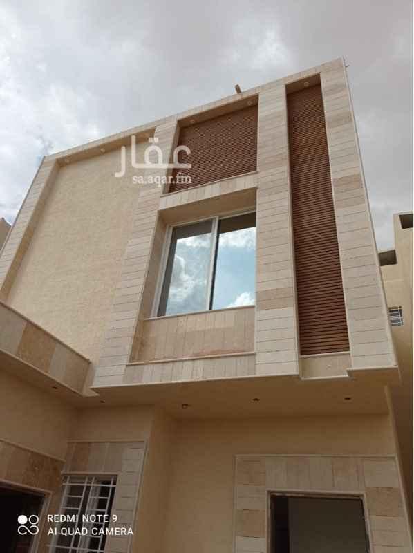 فيلا للبيع في شارع عبدالله عبدالرحيم قاضي ، حي بدر ، الرياض ، الرياض