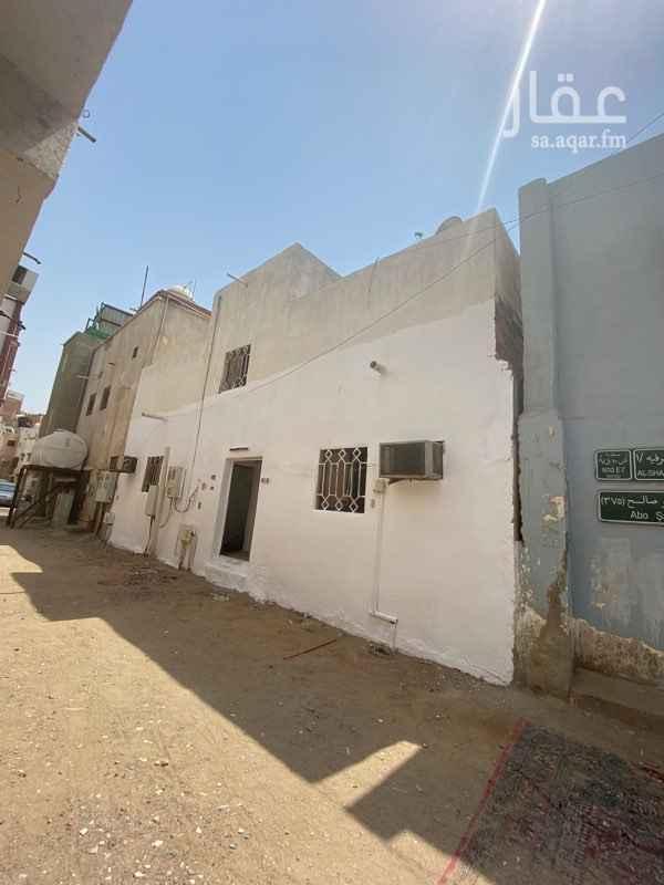 بيت للإيجار في شارع عبدالله بن عمر ، حي الشرفية ، جدة ، جدة