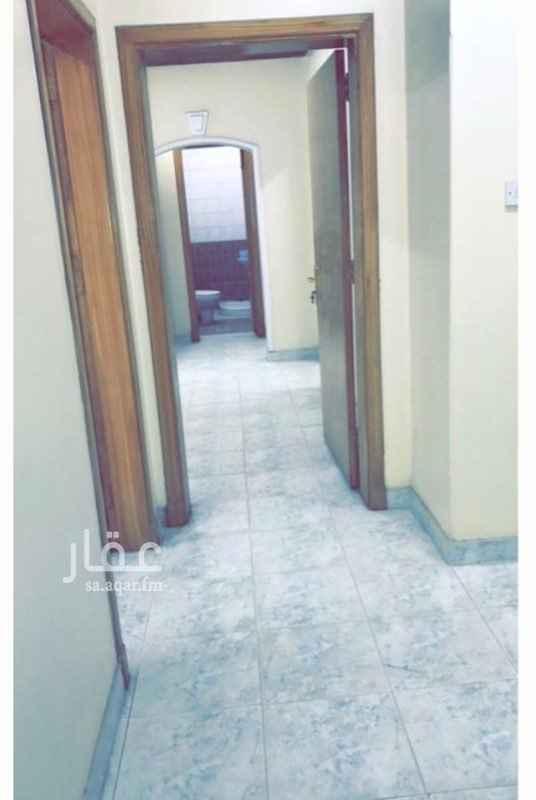 شقة للإيجار في طريق العزيزية الفرعي ، حي العزيزية ، الرياض ، الرياض