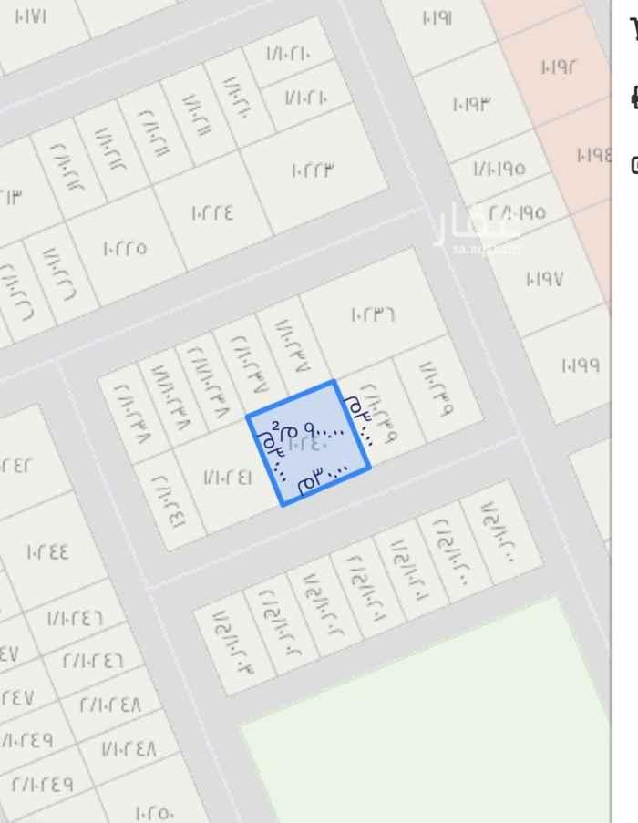 أرض للبيع في شارع نقعه ، حي ظهرة لبن ، الرياض ، الرياض