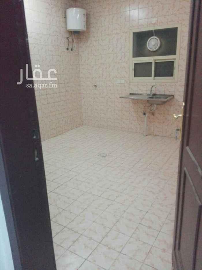 عمارة للإيجار في طريق الصحابة ، حي المونسية ، الرياض