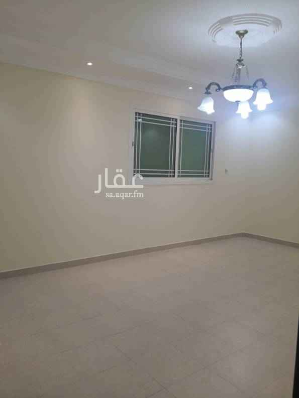 دور للإيجار في شارع الحميدان ، حي النفل ، الرياض