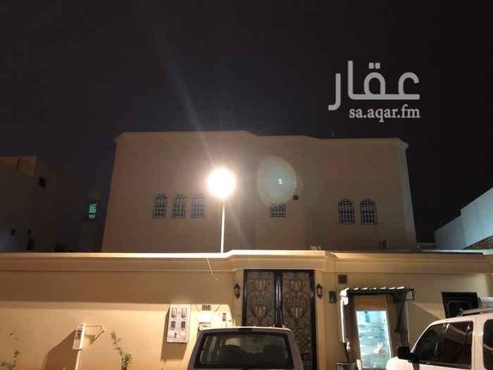 دور للإيجار في شارع طيبة ، حي بدر ، الرياض