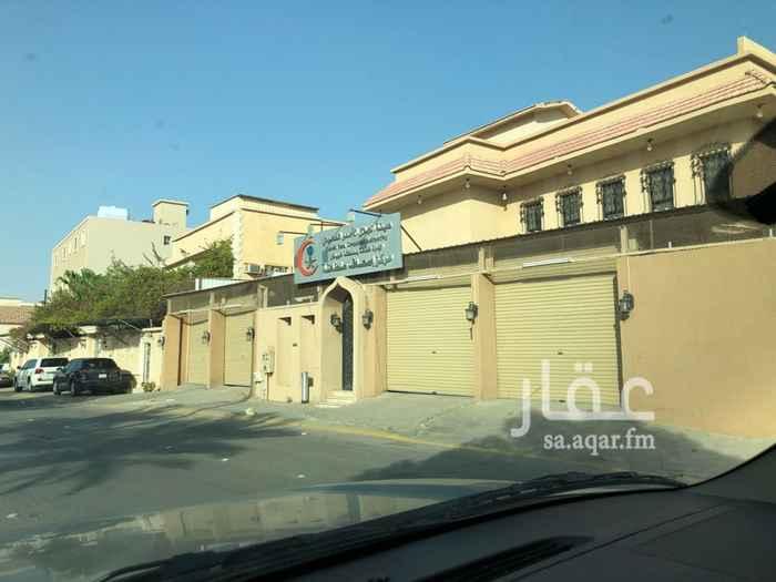 عمارة للبيع في شارع الشيخ عبدالله بن محمد ، حي سلطانة ، الرياض