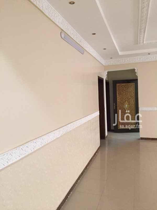 دور للإيجار في شارع النقعاء ، حي اليرموك ، الرياض