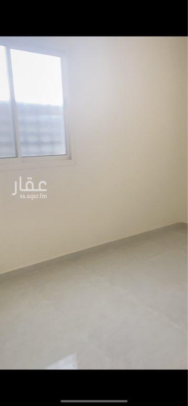 شقة للإيجار في شارع احمد بن محمد البغدادي ، حي عكاظ ، الرياض