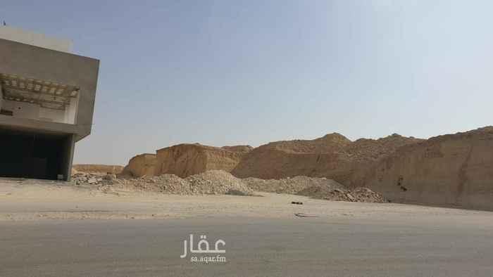 أرض للبيع في شارع الفضائل ، الرياض