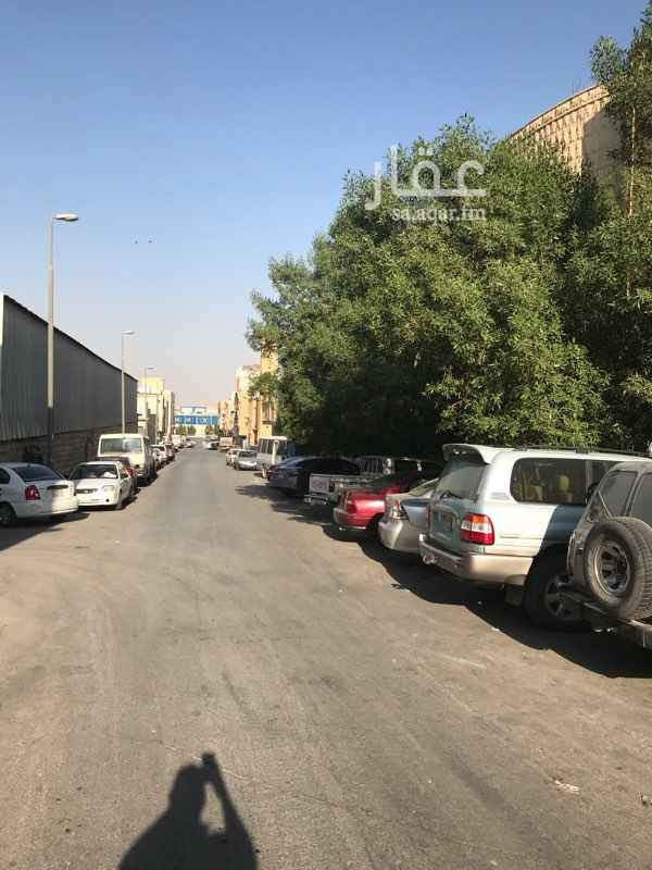 عمارة للبيع في شارع الرحاب, ثليم, الرياض