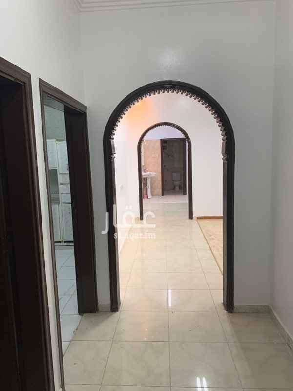 دور للإيجار في شارع عيسى بن عبدالكريم ، حي النسيم الغربي ، الرياض
