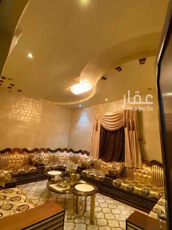 بيت للبيع في خميس مشيط ، حي الصقور ، خميس مشيط