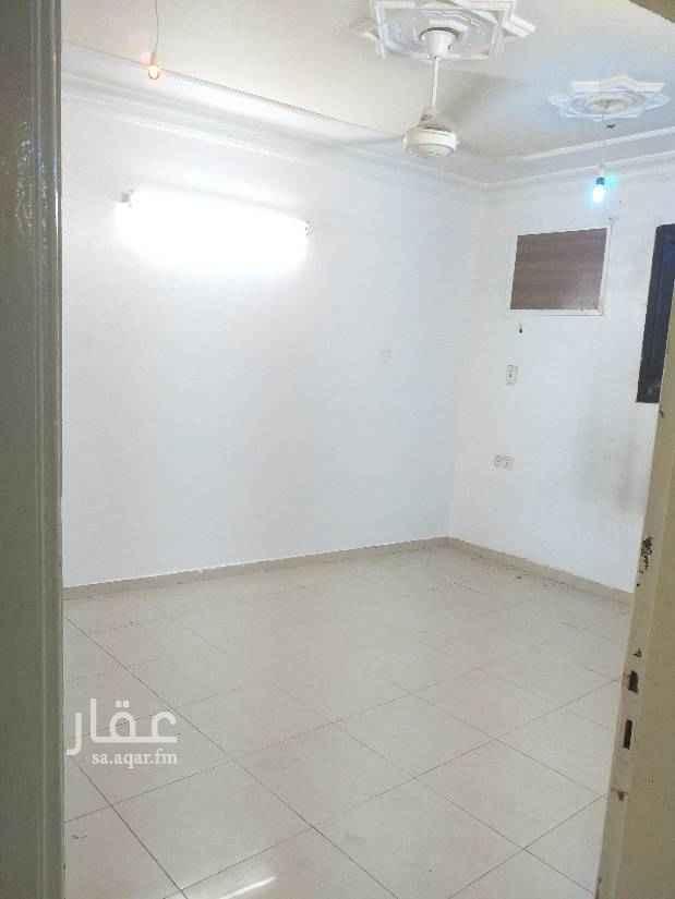 دور للإيجار في شارع يعقوب الصفار ، حي غبيرة ، الرياض