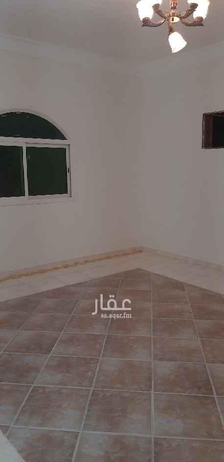 دور للإيجار في شارع الطاهري ، حي الخليج ، الرياض