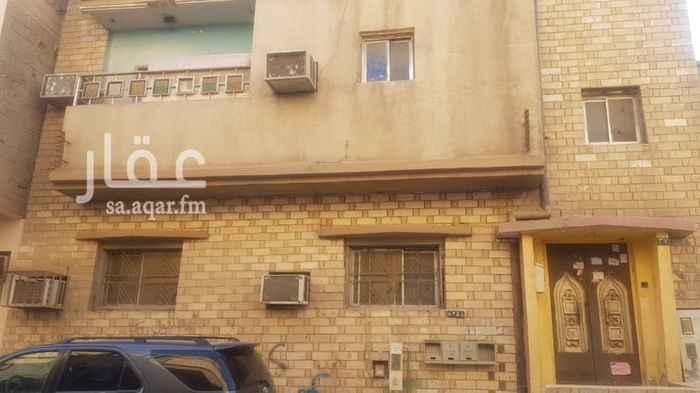عمارة للبيع في شارع ثابت بن مري ، حي منفوحة ، الرياض ، الرياض