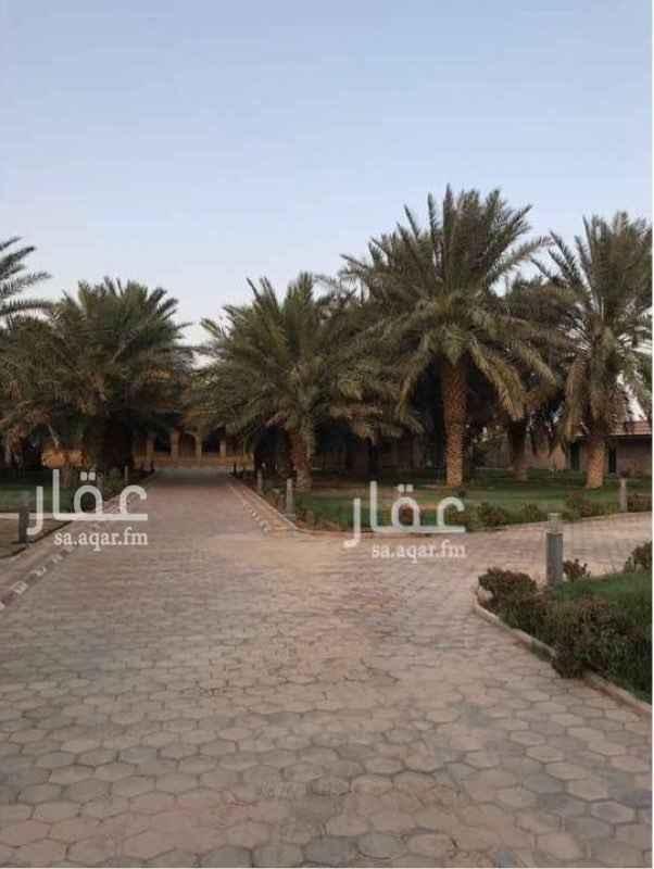 استراحة للبيع في شارع ابراهيم الهلالي ، حي المعيزلة ، الرياض