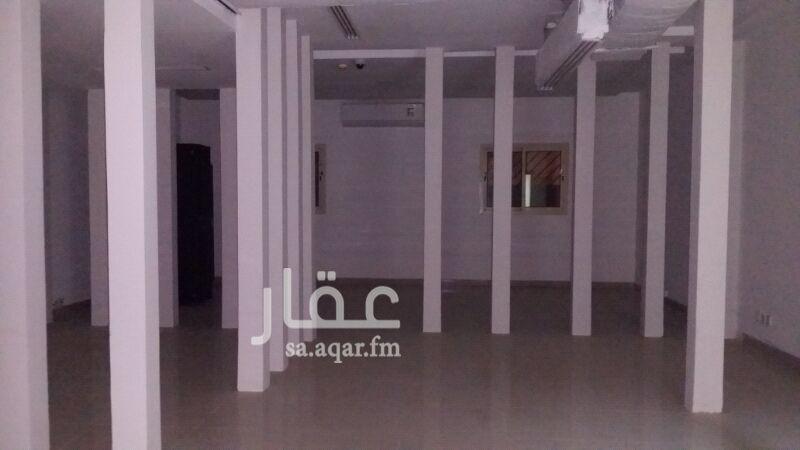 مكتب تجاري للإيجار في الطريق الدائري الشمالي الفرعي ، حي التعاون ، الرياض